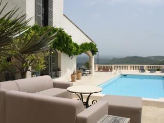 Villa Panoramique - luxury close to Biot, sea view - Valbonne vacation rentals