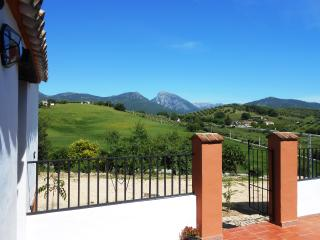 Nice Gite with Internet Access and Porch - Prado del Rey vacation rentals