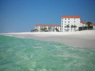 Two Bedroom with one and a quarter bath. Centrally located between the pools. - Fort Walton Beach vacation rentals
