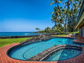 Oceanfront Luxury, ~AC~ in 5 King Beds+Bunkrm, Private Pool, Stunning Views - Kailua-Kona vacation rentals