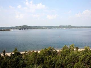 View Point at Table Rock Lake-3 Bedroom, 3 Bath, Table Rock Lake Condo - Hollister vacation rentals