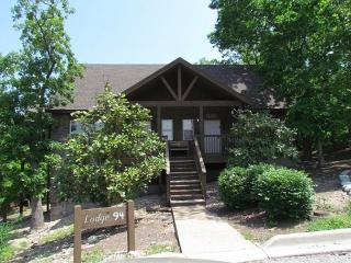 Beary Cozy Cabin-1 bedroom, 1 bath lodge at Stonebridge Resort - Branson West vacation rentals