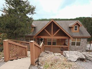 Dakota Lodge-2 bedroom, 2 bath lodge located at Stonebridge Resort-Sleeps 6 - Branson West vacation rentals