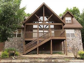 Black Shadow Lodge-Book this stunning 4 bedroom lodge in Stonebridge! - Branson West vacation rentals