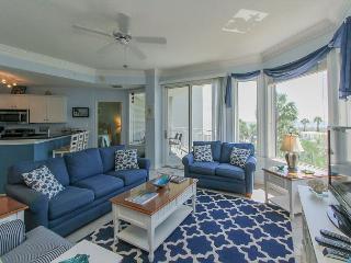 2212 SeaCrest - 2nd Floor, 3 bedroom, Oceanviews and more.  Beautiful!!! - Hilton Head vacation rentals