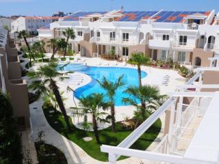Moderno appartamento in residence con piscina - Jesolo vacation rentals