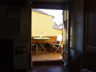 Roof terrace studio in the heart of Old Antibes - Antibes vacation rentals