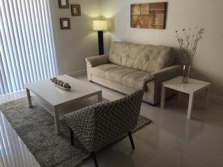 Intimate Luxurious 2 Bedroom Apt in Coral Gables - Coral Gables vacation rentals