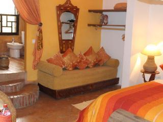 The Repose Mango suite - Salé vacation rentals