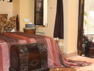 The Repose African room - Salé vacation rentals