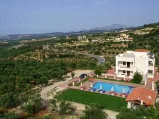 Villa 'Laga'- Peace and Quiet - Rethymnon vacation rentals