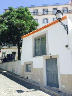 2 bedroom House with Internet Access in Lisbon - Lisbon vacation rentals