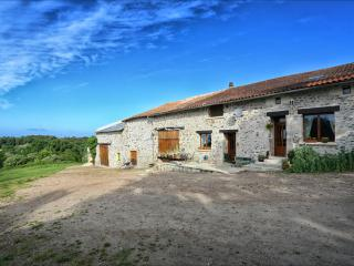 Le Puy Chambre bed and breakfast.Dordogne Perigord - Nontron vacation rentals