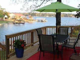 Cozy Cottage with Deck and Internet Access - Hot Springs vacation rentals
