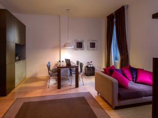 GM Relais Appartamento Romy - Rome vacation rentals