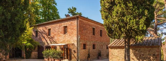 Lilla - Castelletto Vacation Rental in Tuscany - Image 1 - Sinalunga - rentals