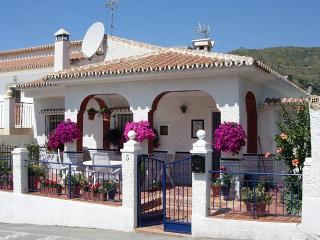 El Refugio - Moclinejo vacation rentals