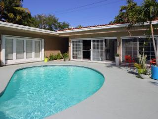 Luxury Poolhouse Close To Beach - Fort Lauderdale vacation rentals