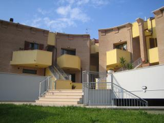 Apartment on two levels + Garage - Mondolfo vacation rentals