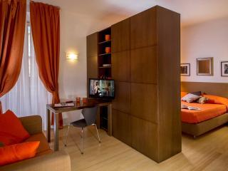 GM Relais Appartamento Audrey - Rome vacation rentals