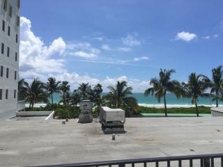 Great 402 Location Ocean side  w Balcony - Miami Beach vacation rentals