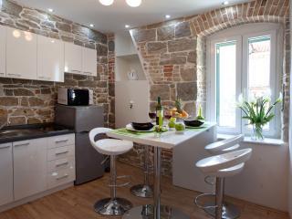 Villa Capo - Split vacation rentals