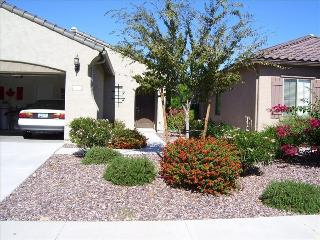 ALL INCLUSIVE AFFORDABLE 1 LEVEL ARIZONA HOUSE YRD - Florence vacation rentals