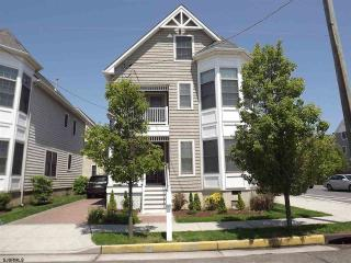 Margate Shore Home - Close to everything! - Margate City vacation rentals