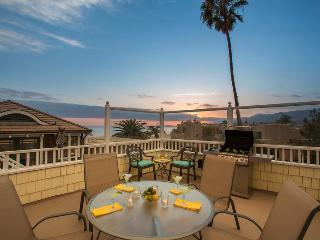 2 bedroom House with Private Outdoor Pool in Carpinteria - Carpinteria vacation rentals