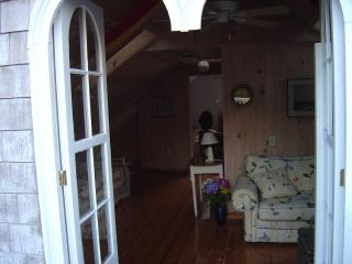 Summer weekly rental.  Friday to Friday typical rental... 3 day weekends Spring - Newport vacation rentals
