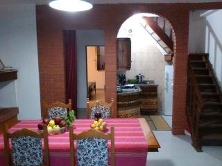 Charming House in S'archittu with Garden, sleeps 7 - S'archittu vacation rentals