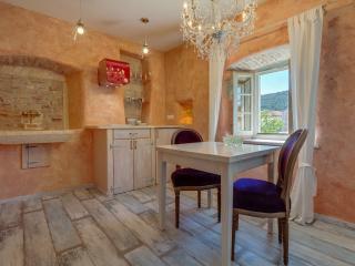La Dolce Vita suites - Belle époque - Veli Losinj vacation rentals