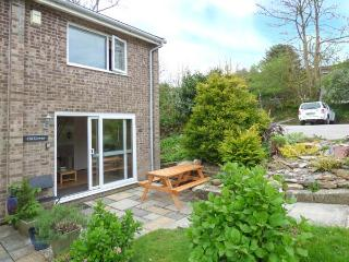 CHI LOWEN, end-terrace cottage on Atlantic Reach resort, use of on-site swimming pools and gym, near Newquay, Ref 905285 - Newquay vacation rentals
