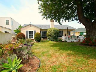 Birdrock Summer House - 3 bedrooms. - La Jolla vacation rentals
