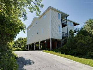 Perfect 4 bedroom Emerald Isle House with Internet Access - Emerald Isle vacation rentals
