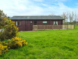 LODGE 88, off road parking, pet-friendly, leisure facilities, open plan, nr Woolsery, Ref  924580 - Woolsery vacation rentals