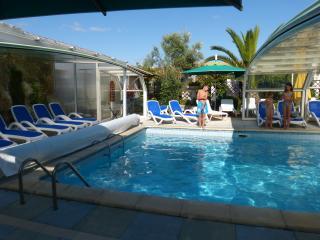 ile de ré  property with swimming pool - Ile de Re vacation rentals