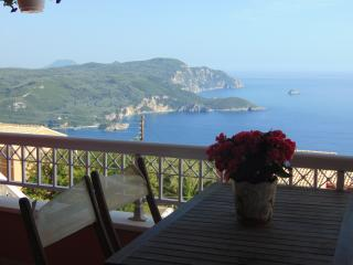 Stunning panoramic seaview apartment. 6-8 people - Peloponnese vacation rentals