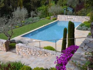 Charming 4 Bed Villa With Pool - Mougins vacation rentals