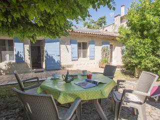 LE PETIT MAS DES ALPILLES - Saint-Remy-de-Provence vacation rentals
