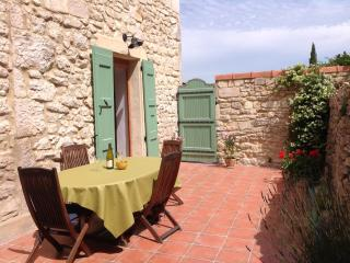 Beautiful Old Stone House in Barjac, nr centre - Barjac vacation rentals