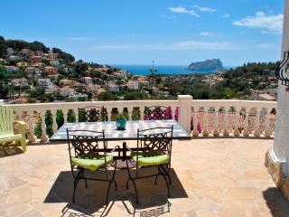 Lovely Villa with Satellite Or Cable TV and Grill - Moraira vacation rentals