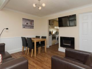 Superior chalet fantastic value for couples & families by beach & amenities 71SB - Great Yarmouth vacation rentals
