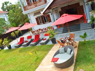 Villa b. Angkor Maison d'Hôtes private room - Siem Reap vacation rentals