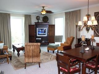 Spacious Condo, Ideal for a family getaway! Comes with your own Boat Slip! - Fort Morgan vacation rentals