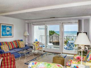 3BR/3BA Oceanfront Condo w/ Elevator, WiFi and outdoor pool! - Pine Knoll Shores vacation rentals