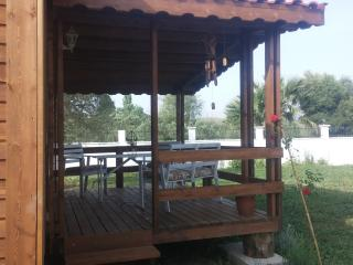 Liberta Guest House, English country cabin - Seferihisar vacation rentals