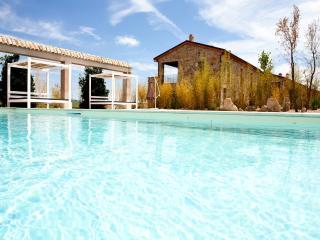 Bright 2 bedroom Apartment in Volterra - Volterra vacation rentals