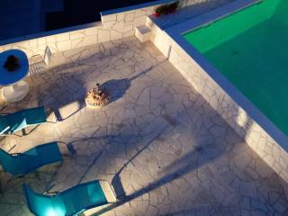 One bedroom apartment with pool access and terrace - Razanj vacation rentals