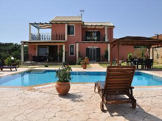 Villa Caretta - 3 bedrooms with private poo & Wi-Fil !!! - Halikounas vacation rentals